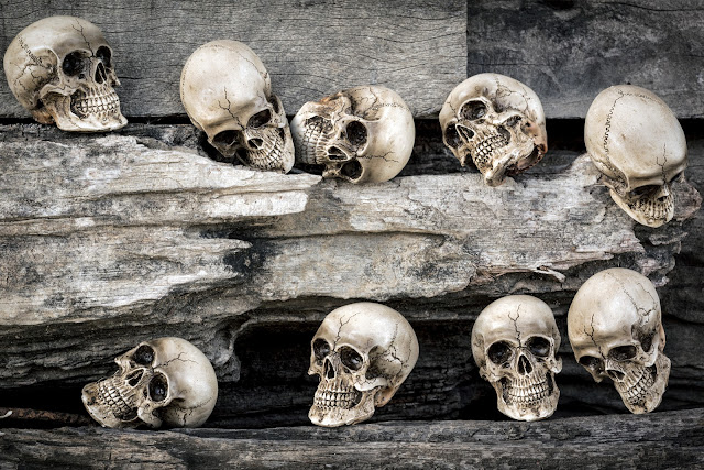 10 Superstitions About Death
