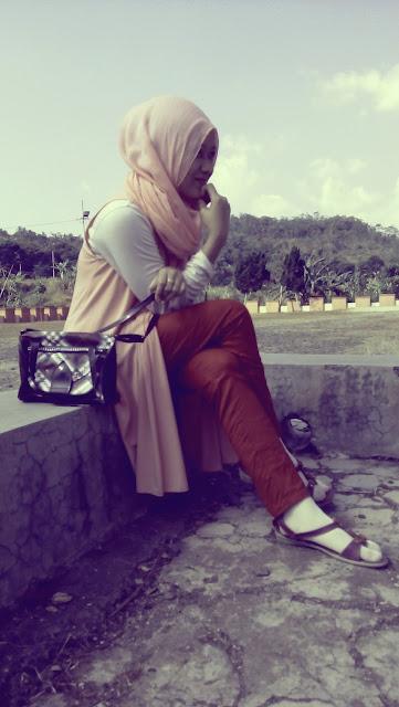 blogger hijab cantik Indonesia 2015