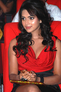 Amla Paul Red Chilling Spicy Pics at JFW Awards