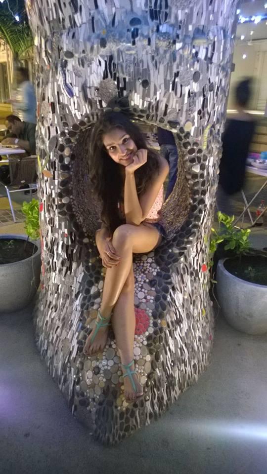 Cute Actress Navneet Kaur Images