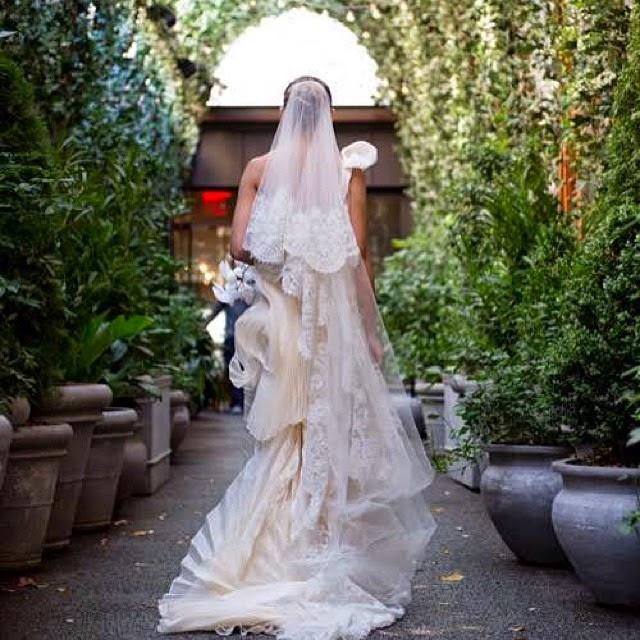Fabulosos vestidos de novias | Estilo con velo