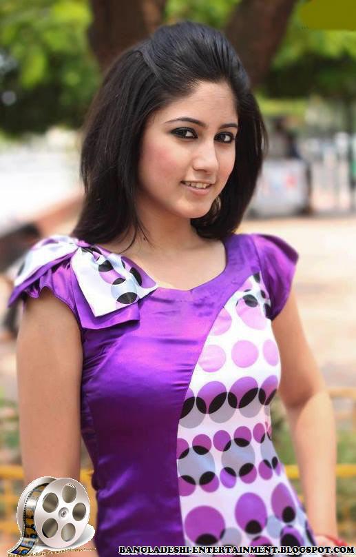 Bangladeshi Hot Model Actress Safa Kabir Bangladeshi