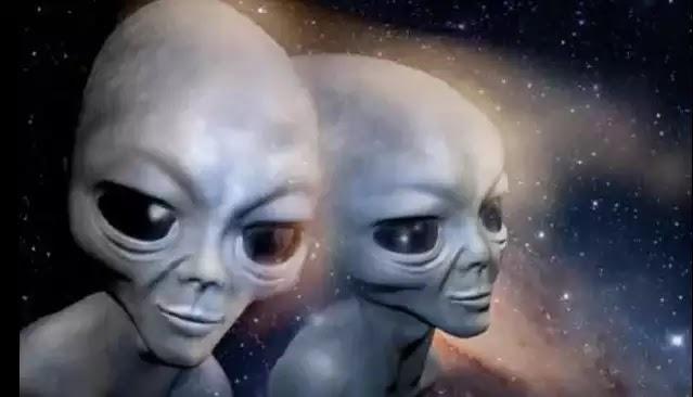 Οι Εξωγήινοι Κάνουν «Επαφή» μέσω του Voyager 2; Μας στέλνει περίεργα μηνύματα 9.000.000.000 μίλια μακρυά από τη Γη (video)