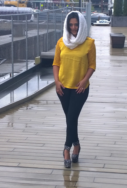 yellow tunic, golden tunic, white furry scarf, indian blogger, ananya, Indian tunics, Indian kurthi, kurtas
