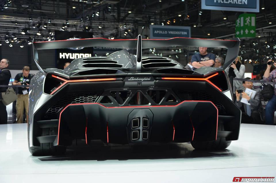 Car Amp Bike Fanatics Lamborghini Veneno Exclusive Pictures