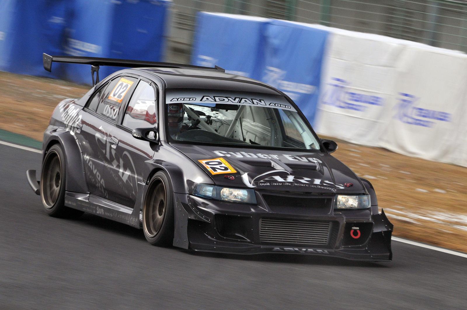 Mitsubishi Lancer Evolution, najlepsze sportowe sedany, samochodu z dyszą, auta na tor wyścigowy, JDM, tuning, spojler