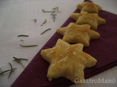 rozmaringos sajtos keksz