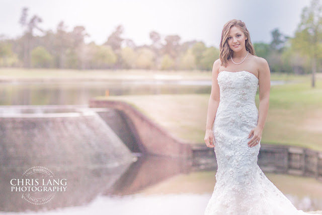 River-Landing-Wedding-Photographers-pictures-brides-wedding-dress-3