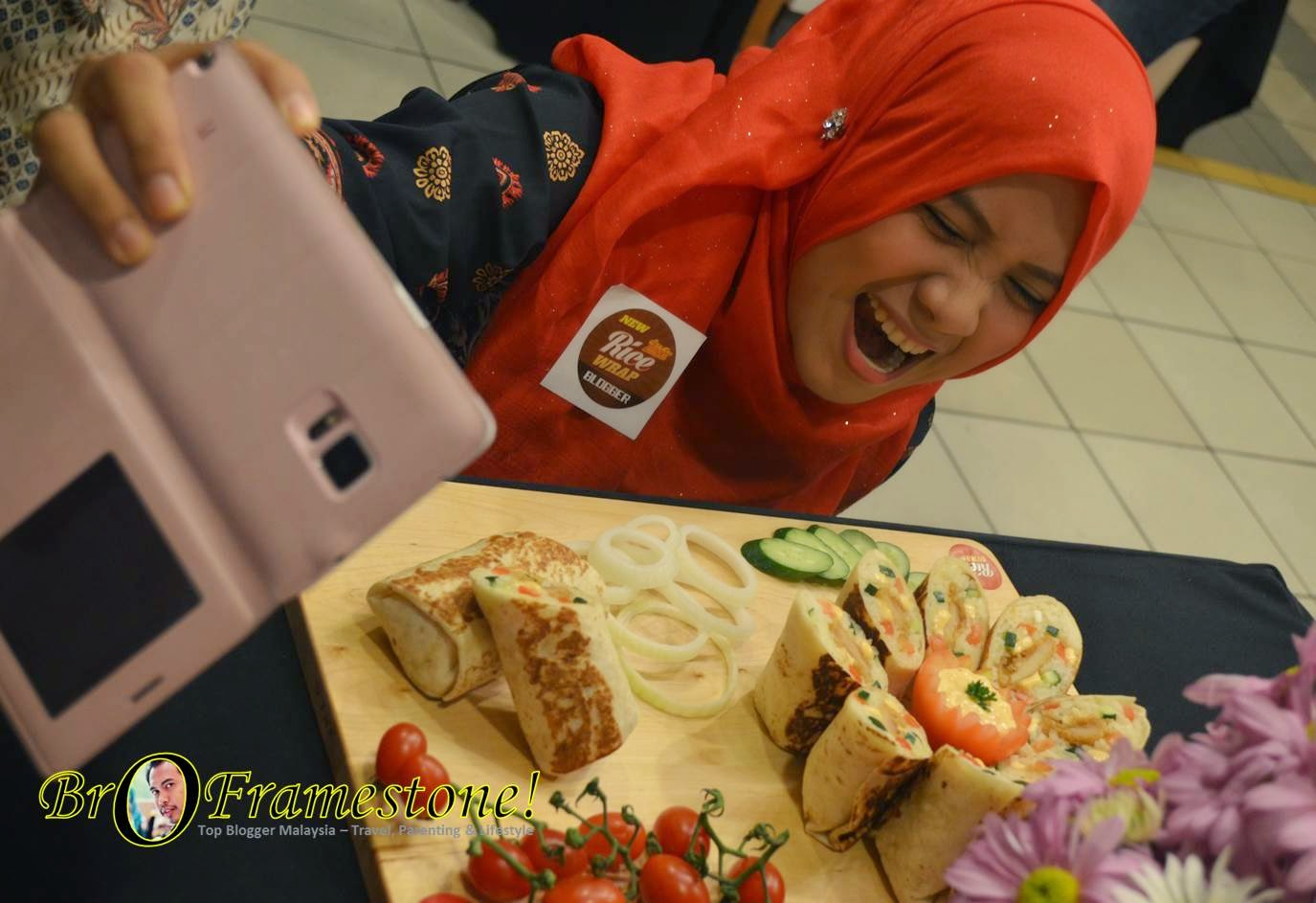 New KFC Zinger Rice Wrap Blogger Party