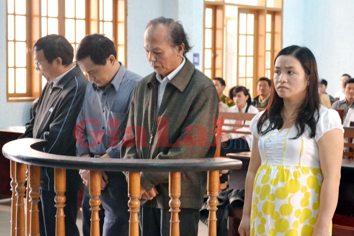 Gia Lai: Xét xử phúc thẩm vụ đấu thầu thuốc - Sửa một phần bản án sơ thẩm