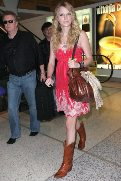 Taylor Swift Boots. Or a la Taylor Swift who