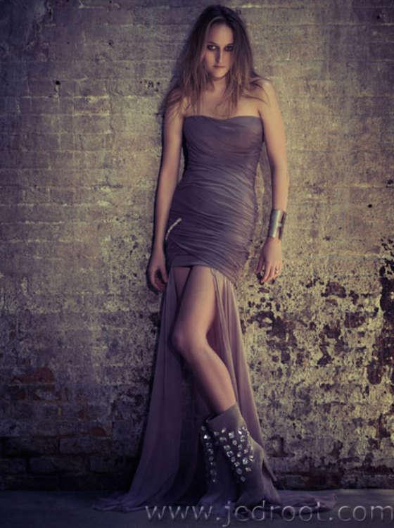 Leelee Sobieski photo from 2012 Grazia Magazine Italy