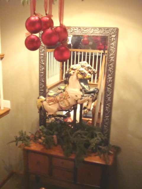 Second hand rose decorating ideas from brad and amy 39 s home for Coffee tables you can sit on