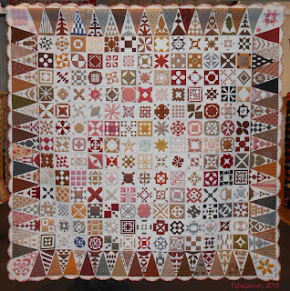 Dear Jane Quilt (Civil War Reproduction Fabrics) Michel Galan France