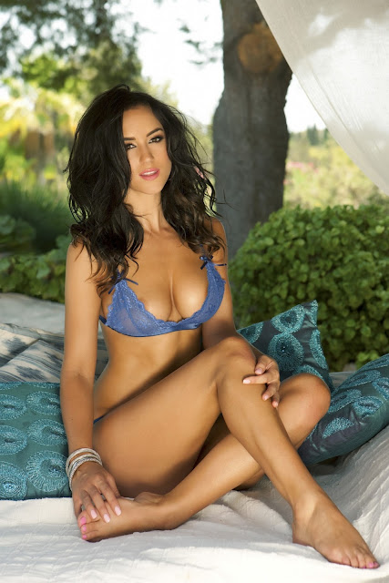 Rosie Jones – 2013 Calendar Photoshoot