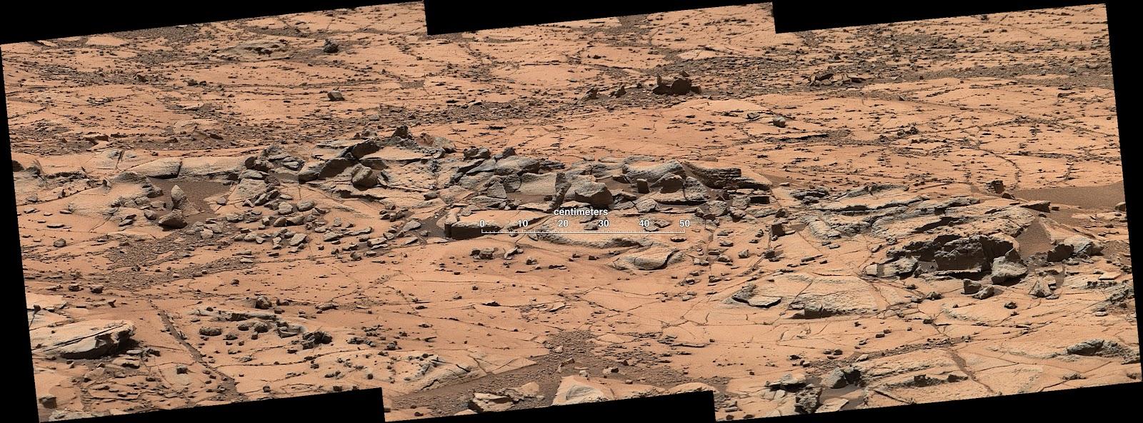 Марсоход Curiosity исследует Pahrump Hills