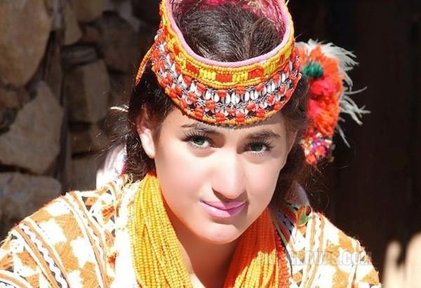 bộ tộc người đẹp như Tây ở châu Á