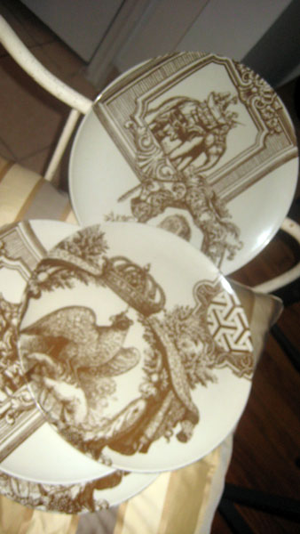 THOMAS PAUL MELAMINE PLATES $50 SET & NY DESIGNER MOVES TO LA SELLS PERSONAL COLLECTION THIS WEEKEND