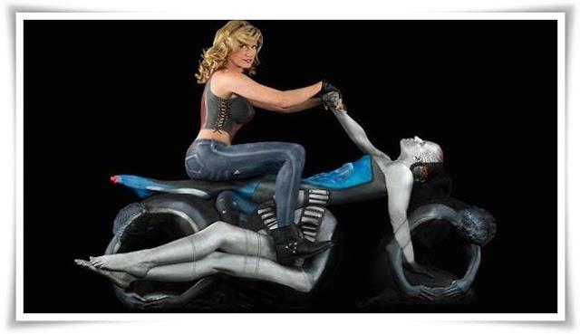 Wah!... Motosikal diperbuat daripada Manusia