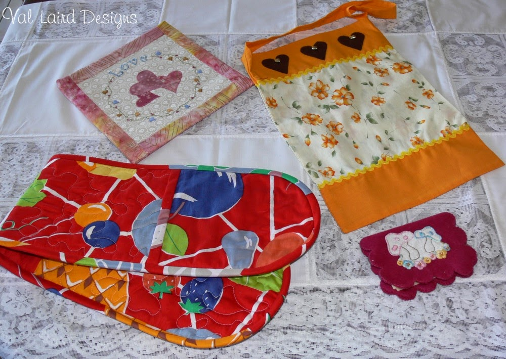 Quilt Patterns For Mother S Day : Val Laird Designs - Journey of a Stitcher: Free Block of the Month Wall Quilt Pattern 4
