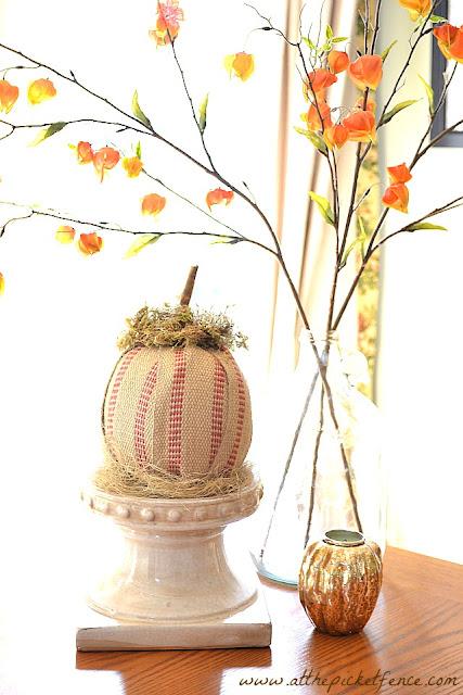jute webbing, pumpkin crafts, fall crafts, Halloween, fall