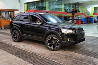 Modifikasi Chevrolet Captiva Hitam