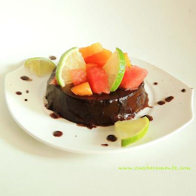 sweet aubergine con cuore di mascarpone e tris di frutta esotica