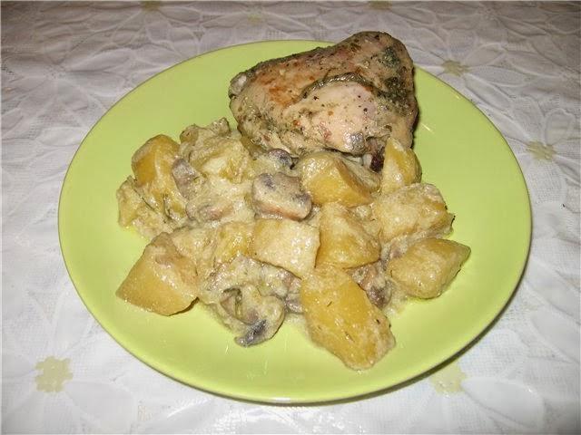 Курица с грибами в мультиварке редмонды