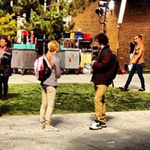 Chloe Moretz, Aaron Jonhnson y compañia en el rodaje de Kick-Ass 2
