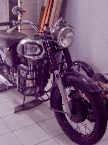 Bemper depan AJS 350 cc 1956