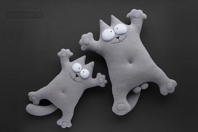 Игрушка кот Саймона серый для автомобиля. Подарок мужчине.