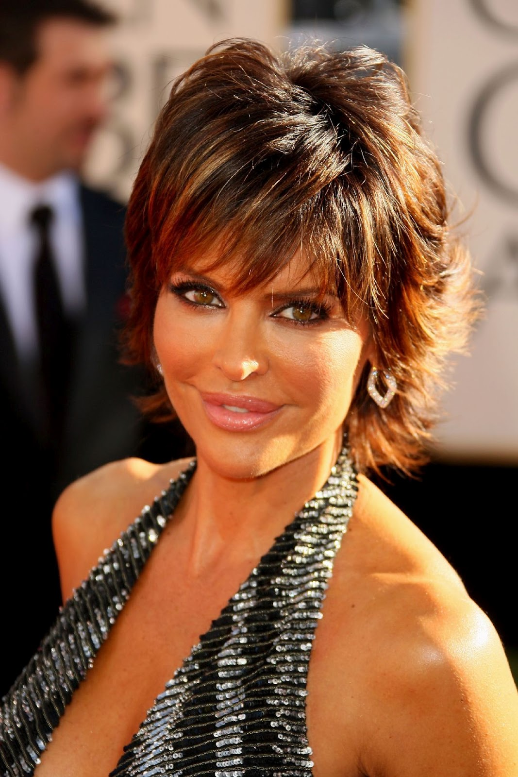 Lisa Rinna Hairstyle Trends: May 2012