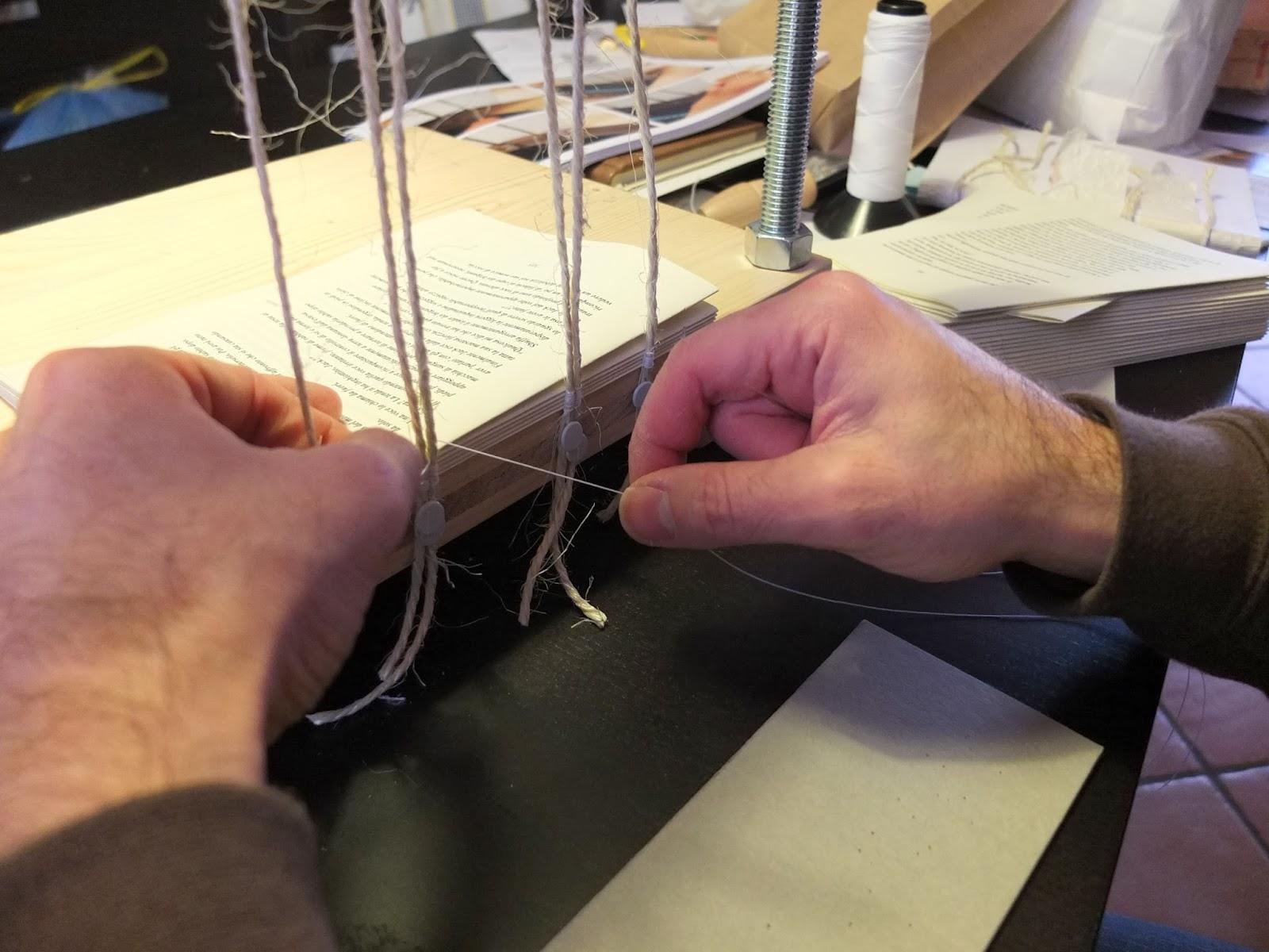 rilegatura medievale in pelle-libro stampato