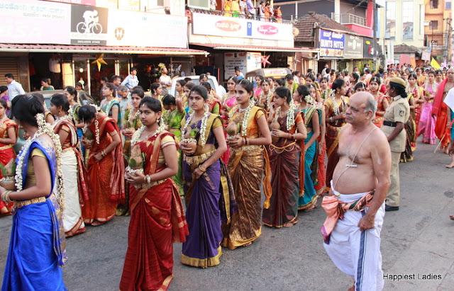 Udupi Paryaya 2016-18 Pura Pravesha Pejawara Swami 23