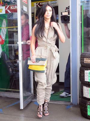kim kardashian macacao caqui