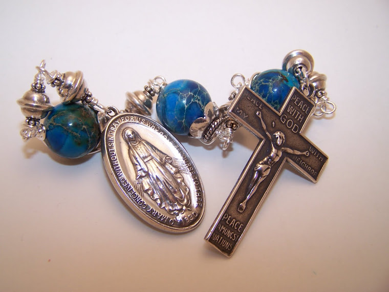 No 137.  3 Hail Mary's Devotion to The Blessed Virgin Mary- 2011 Christmas Collection