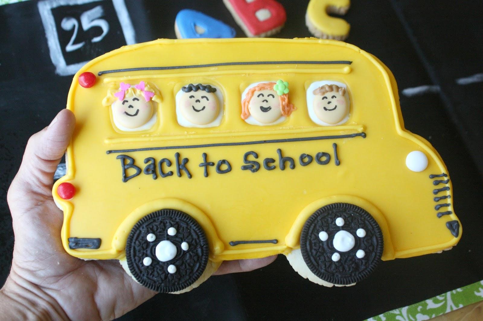 Munchkin Munchies Big Yellow School Bus Cookie