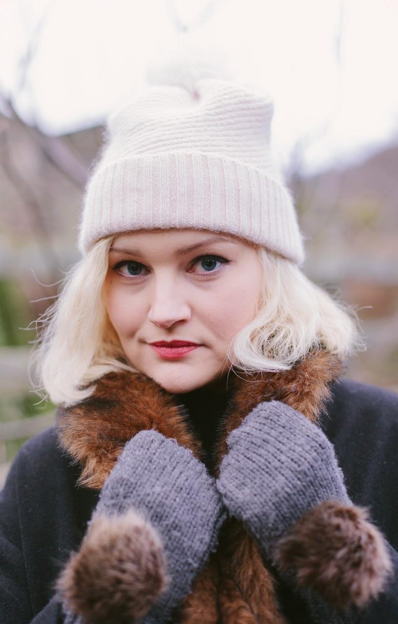 headshot, Scotstreetstyle, fashion blogger, Edinburgh, Mint and Chillies, shoot, warm, fur, Dundee, Glasgow, Aberdeen