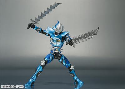 Bandai SH Figuarts Kamen Rider Decade Kamen Rider Abyss Figure