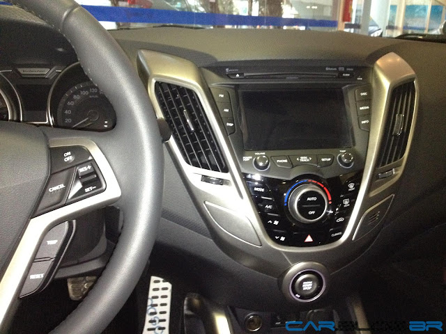 Hyundai Veloster 2013 - console central