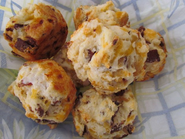 At Home In The Kitchen: BACON ONION CHEDDAR BISCUITS