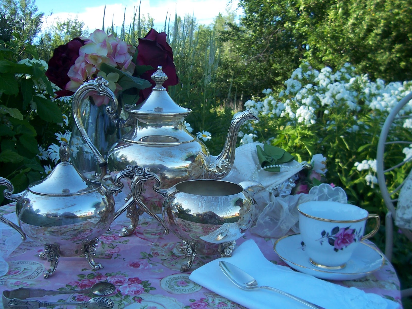Two Cottages And Tea A Victorian Tea