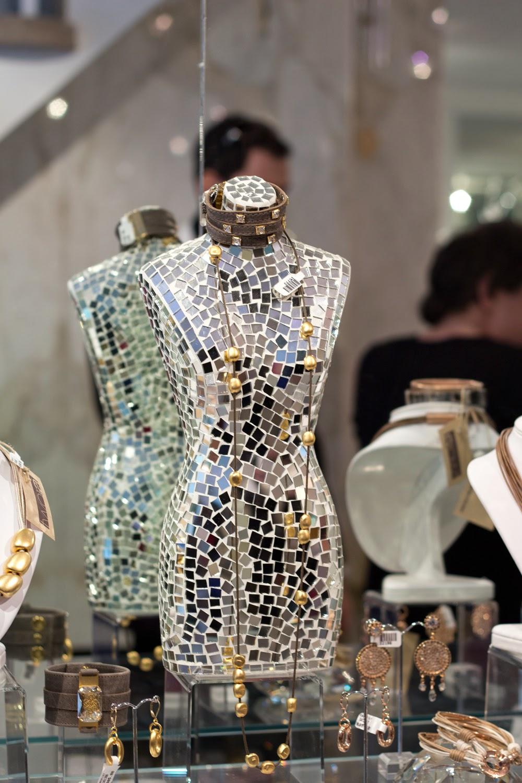 artemis-pop-up-jewellery-store-in-yorkville, statement-necklace, accessories