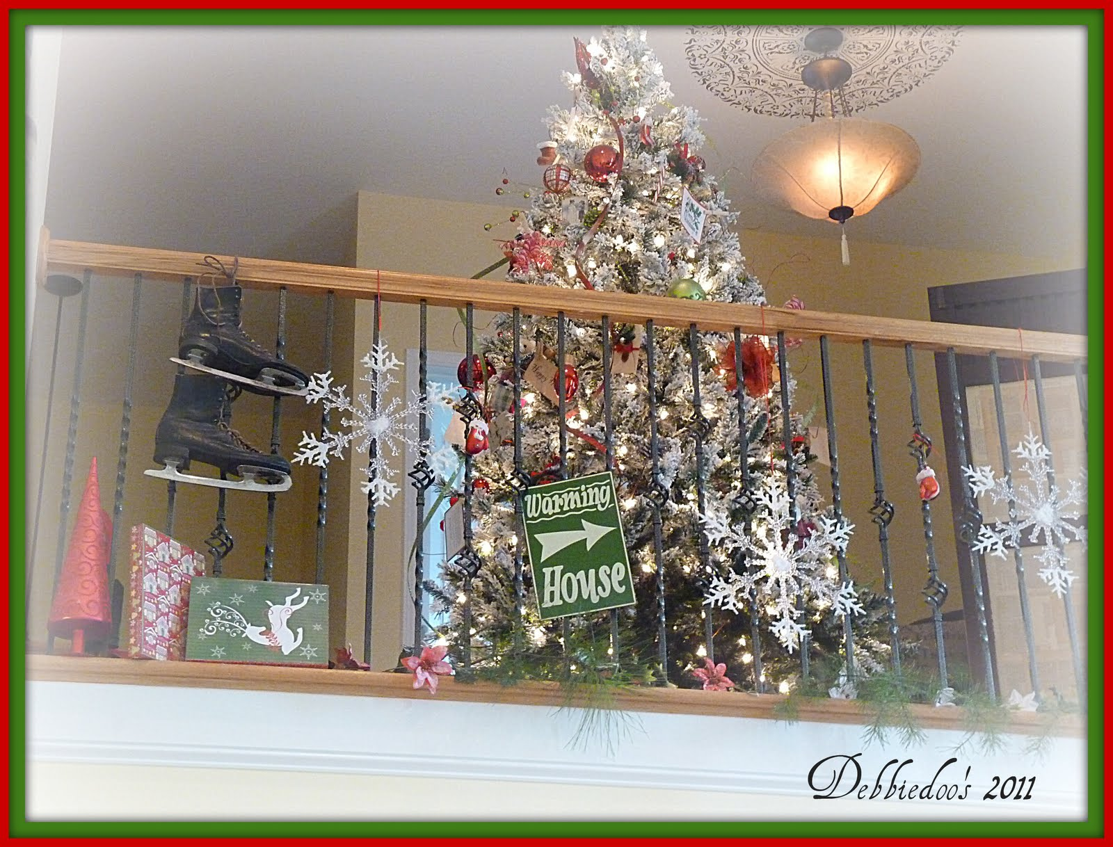 Decorating the banister for the christmas holiday for How to decorate a banister