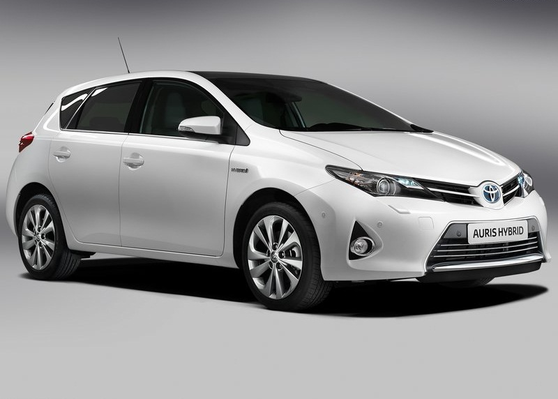 car garage toyota auris 2013 new toyota auris is the latest models to -3.bp.blogspot.com