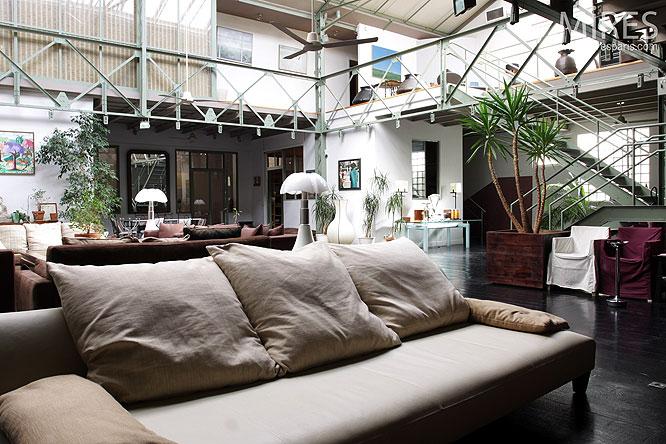 maison moderne en l: Le loft avec charpente Eiffel
