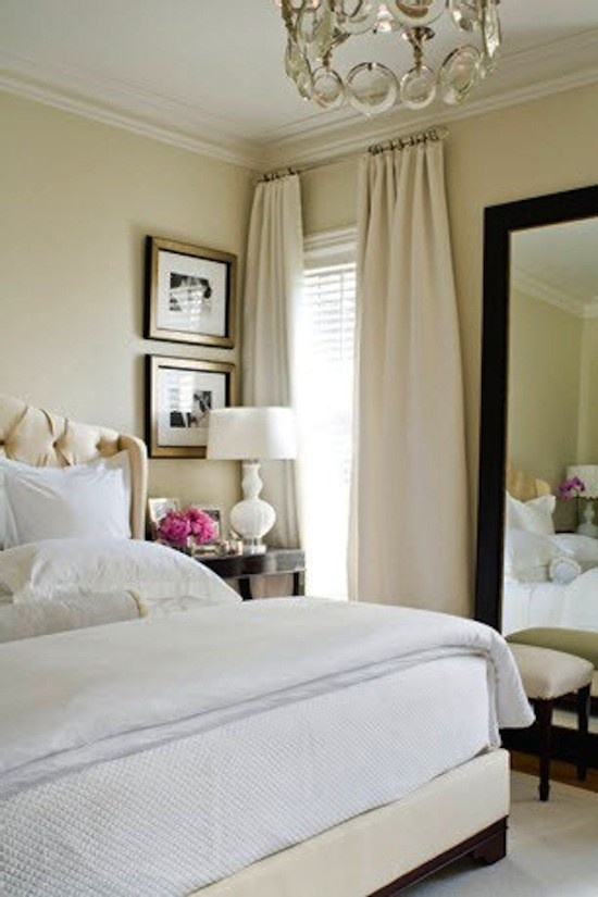 simple details the key to mixing cream and white in decor. Black Bedroom Furniture Sets. Home Design Ideas