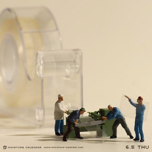 26-Tape-Cutter-Tatsuya-Tanaka-Miniature-Calendar-Worlds-www-designstack-co