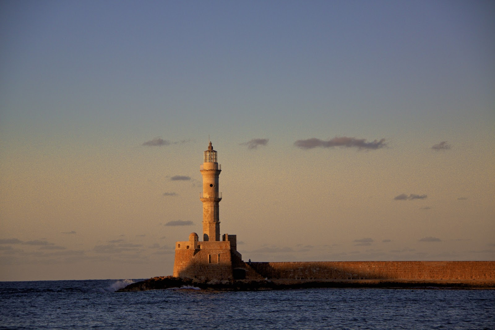 Bilderesultat for venetianske havnen chania