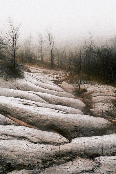 http://www.bretculp.com/gallery/colourLandscape/content/BretCulp_TerraCottaSnow_large.html